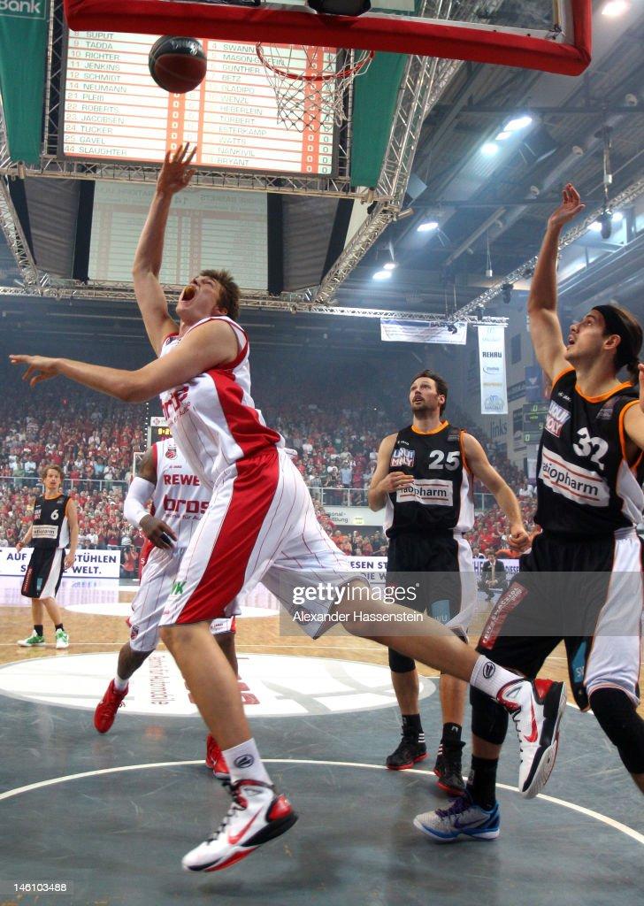 Brose Baskets v ratiopharm Ulm - Beko BBL Playoffs Game 3