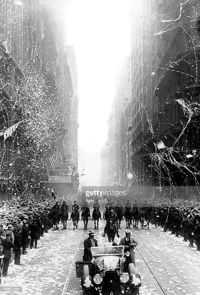 Ticker-tape parade in New York in may 1929