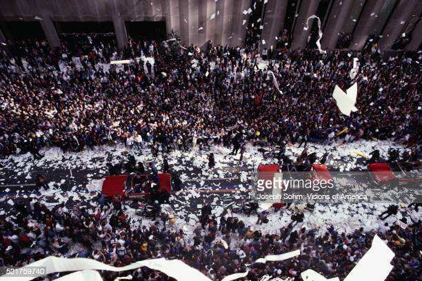 ticker-tape parade - ticker tape stock pictures, royalty-free photos & images