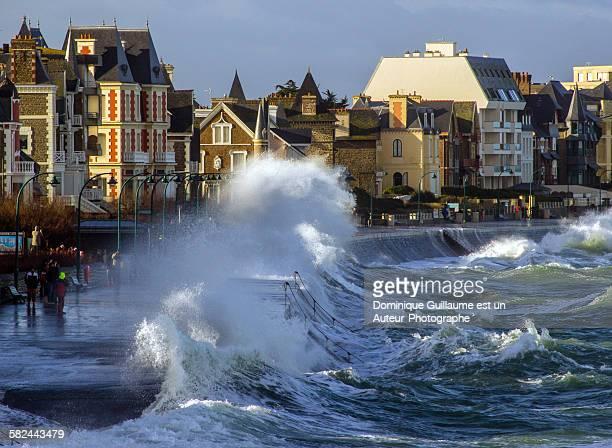 Tide in Saint-Malo