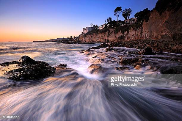 tide wave - laguna beach california stock pictures, royalty-free photos & images