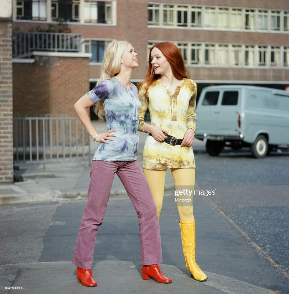 Tie-dye, 1970 : News Photo