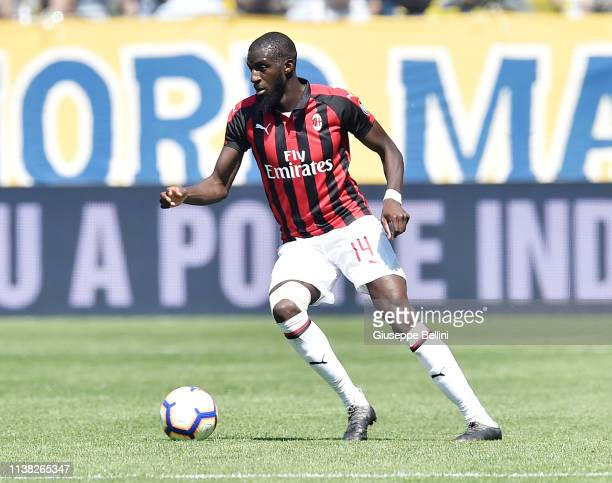 Tiemoue Bakayoko of AC Milan in action during the Serie A match between Parma Calcio and AC Milan at Stadio Ennio Tardini on April 20 2019 in Parma...