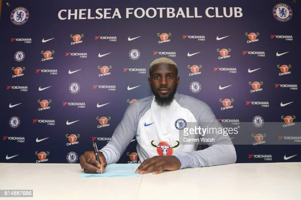 Tiemoue Bakayoko of Chelsea signs his 5 year contract for Chelsea at Chelsea Training Ground on July 15 2017 in Cobham England