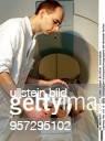 Tierarzt der Klinik für Kleintiere an der Veterinärmedizinischen Fakultät der Universität Leipzig demonstriert eine Untersuchung im...