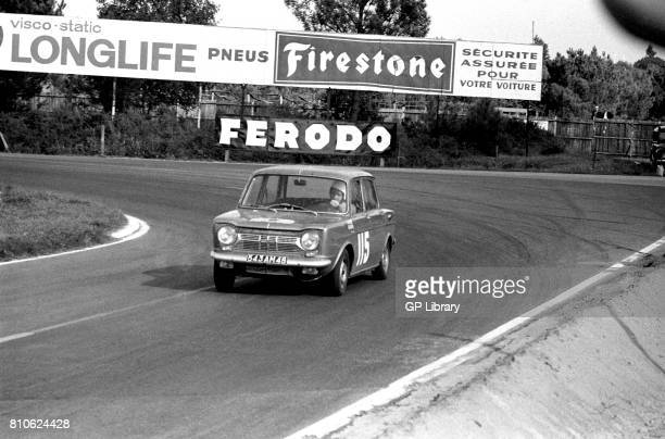 Tierpon driving a Simca 900SA at Le Mans Tour de France