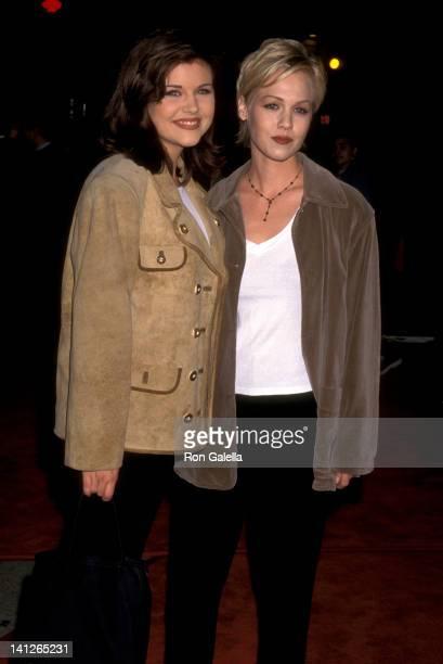 Tiffani Thiessen and Jennie Garth at the Premiere of 'Ace Venture: When Nature Calls', Mann Village Theatre, Westwood.