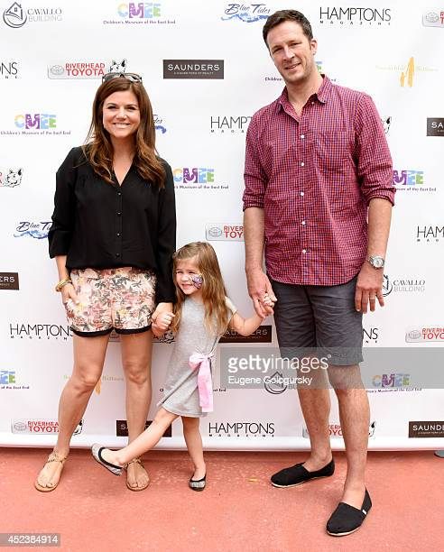Tiffani Thiessen Harper Renn Smith and Brady Smith attend the CMEE 6th Annual Family Fair at Children's Museum of the East End on July 19 2014 in...