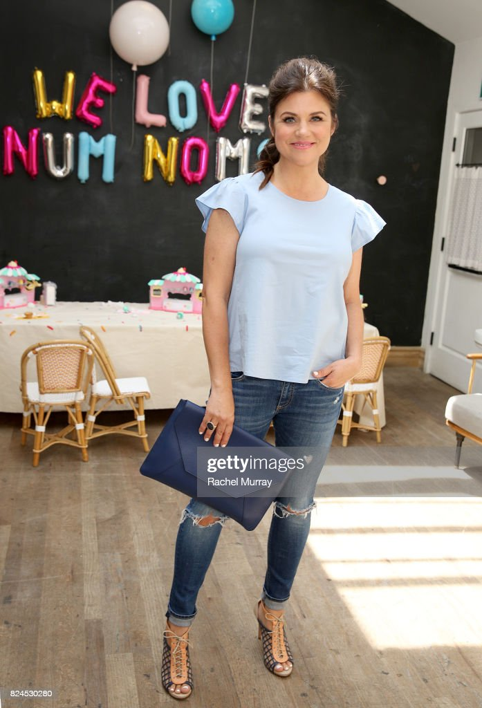 Tiffani Thiessen hosts Num Noms event at Au Fudge Los Angeles on July 30, 2017 in West Hollywood, California.