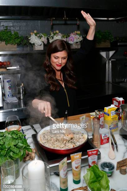 Tiffani Thiessen hosts the Gourmet Garden Time Savor event hosted by Tiffani Thiessen at Amali on January 29 2020 in New York City