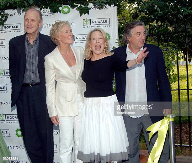 Tiffany Designer John Loring Glenn Close Bette Midler and Robert De Niro attend the Bette Midler's New York Restoration Project's 4th Annual Picnic...