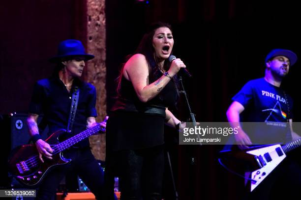 Tiffany performs at City Winery on July 01, 2021 in New York City.