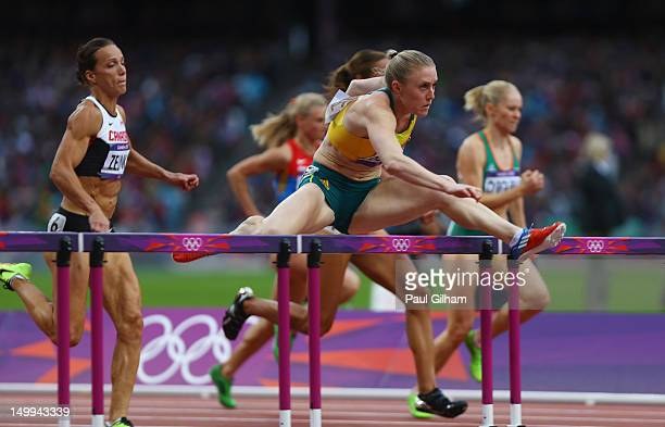 Tiffany Porter of Great Britain, Sally Pearson of Australia, Jessica Zelinka of Canada, Eline Berings of Belgium, Lolo Jones of the United States,...