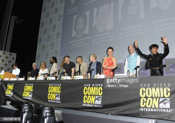 Tig Notaro Alex Kurtzman Heather Kadin Shazad Latif Mary Wiseman Anson Mount Wilson Cruz Anthony Rapp Mary Chieffo Doug Jones and Sonequa MartinGreen...