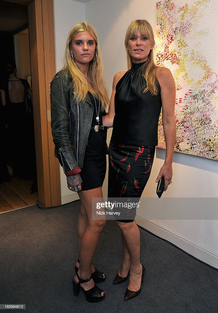Shopbop At Home - Party : News Photo
