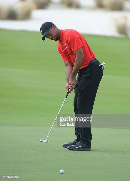 Tiger Woods hits a putt on the eighth hole during the final round of the Hero World Challenge at Albany course on December 4 2016 in Nassau Bahamas