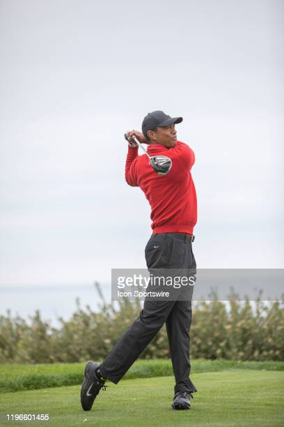 Tiger Woods hits his driver during the final round of the Farmers Insurance Open at Torrey Pines Golf Course on January 26, 2020 in La Jolla,...