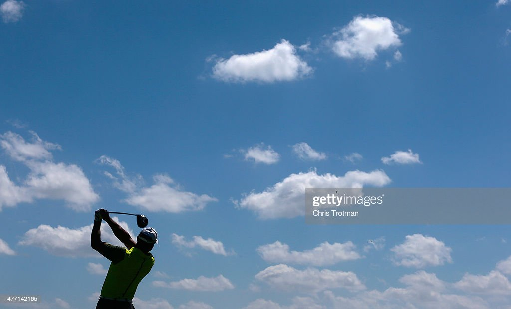 Tiger Woods hits his tee shot on the 16th hole during the second round of the World Golf Championships-Cadillac Championship at Trump National Doral on March 7, 2014 in Doral, Florida.