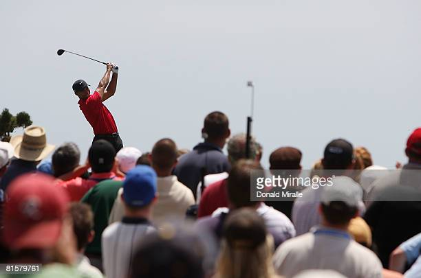 Tiger Woods hits his tee shot on the fourth hole during the final round of the 108th US Open at the Torrey Pines Golf Course on June 15 2008 in San...