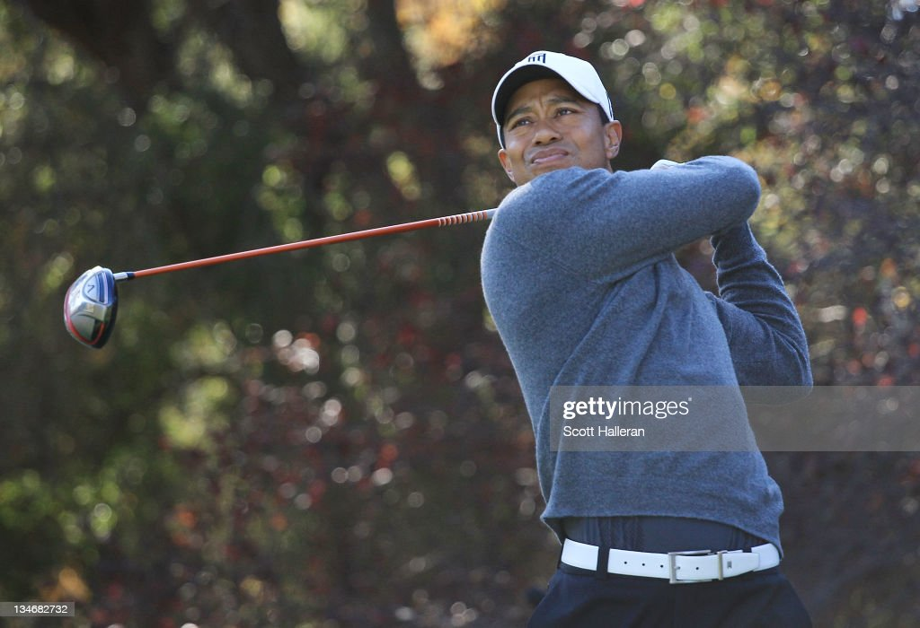 Tiger Woods hits his tee shot on the second hole during the third round of the Chevron World Challenge at Sherwood Country Club on December 3, 2011 in Thousand Oaks, California.