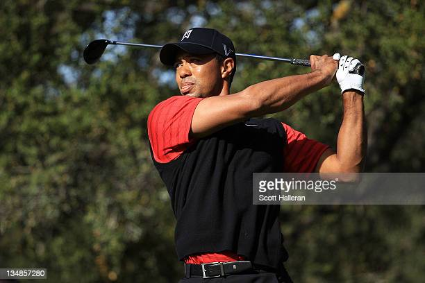 Tiger Woods hits his tee shot on the sixth hole during the final round of the Chevron World Challenge at Sherwood Country Club on December 4, 2011 in...
