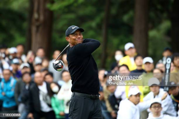 Tiger Woods of the United States hits his tee shot on the 11th hole during the first round of the ZOZO Championship at Accordia Golf Narashino...