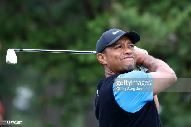 Tiger Woods of the United States hits his tee shot on the 3rd hole during the third round of the Zozo Championship at Accordia Golf Narashino Country...