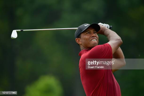 Tiger Woods of the United States plays his shot from the third tee during the final round of the 2018 PGA Championship at Bellerive Country Club on...