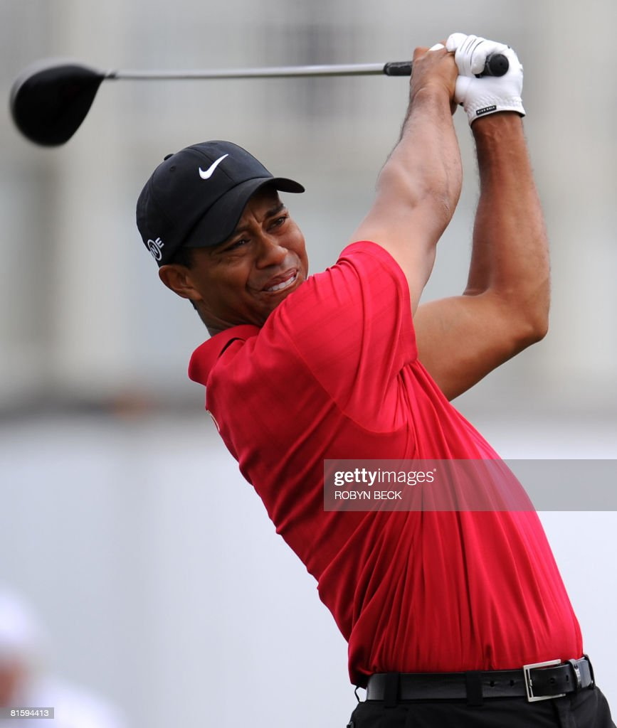Tiger Woods of the US hits from the ninth tee in his playoff against fellow American Rocco Mediate at the 108th US Open championship at Torrey Pines Golf Course in San Diego, California on June 16, 2008. Woods won in sudden death.