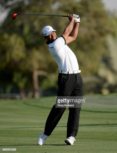 Tiger Woods of the USA on the 18th hole during the Champions Challenge prior to the Omega Dubai Desert Classic on the Majlis Course on January 28...