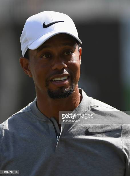 Tiger Woods of the USA on the 18th hole during the proam event prior to the Omega Dubai Desert Classic at Emirates Golf Club on February 1 2017 in...