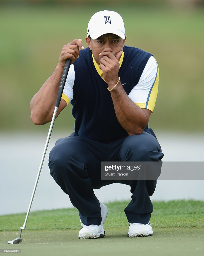 Tiger Woods of USA ponders a putt on the eighth hole during the second round of the Honda Classic on March 1, 2013 in Palm Beach Gardens, Florida.