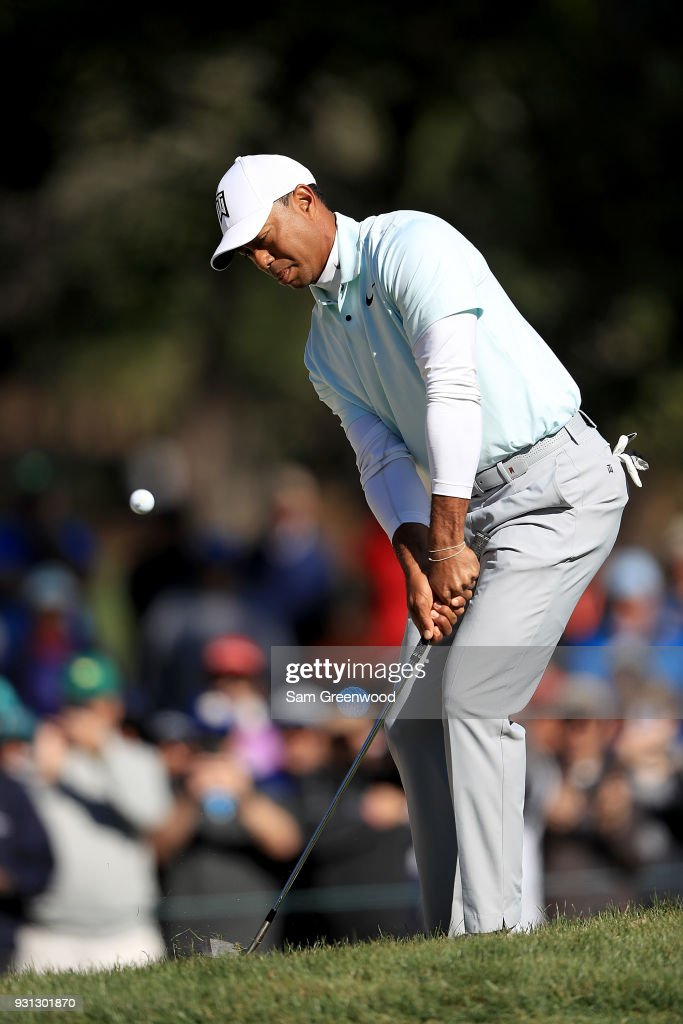 Tiger Woods plays a shot on the 16th hole during the second round of the Valspar Championship at Innisbrook Resort Copperhead Course March 9, 2018 in Palm Harbor, Florida.
