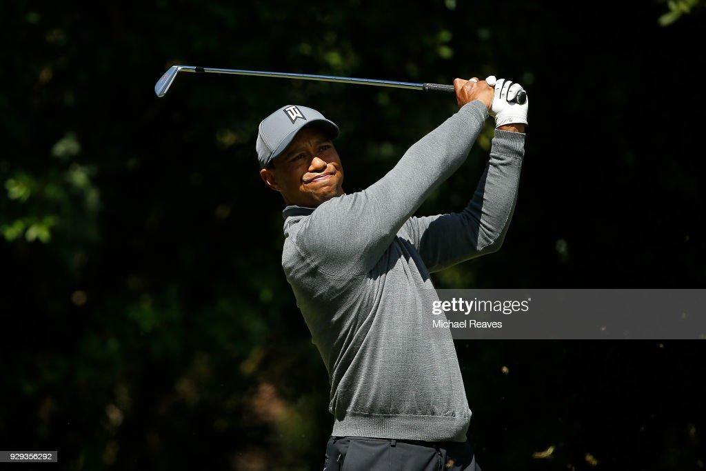 Tiger Woods plays his shot from the third tee during the first round of the Valspar Championship at Innisbrook Resort Copperhead Course on March 8, 2018 in Palm Harbor, Florida.