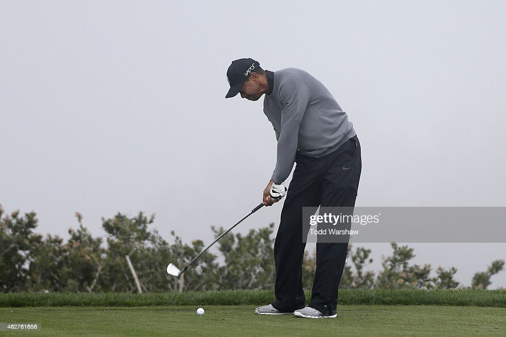 Tiger Woods tees off on the third hole of the North Course during the Farmers Insurance Open Pro Am at Torrey Pines Golf Course on February 4, 2015 in San Diego, California.