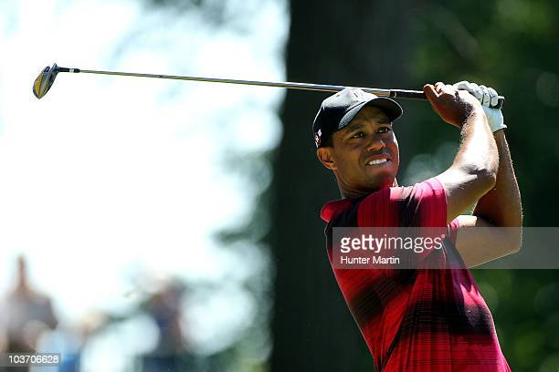Tiger Woods watches his tee shot on the sixth hole during the final round of The Barclays at the Ridgewood Country Club on August 29 2010 in Paramus...