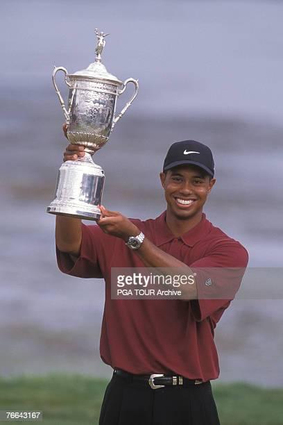 Tiger Woods wins the 2000 U.S. Open