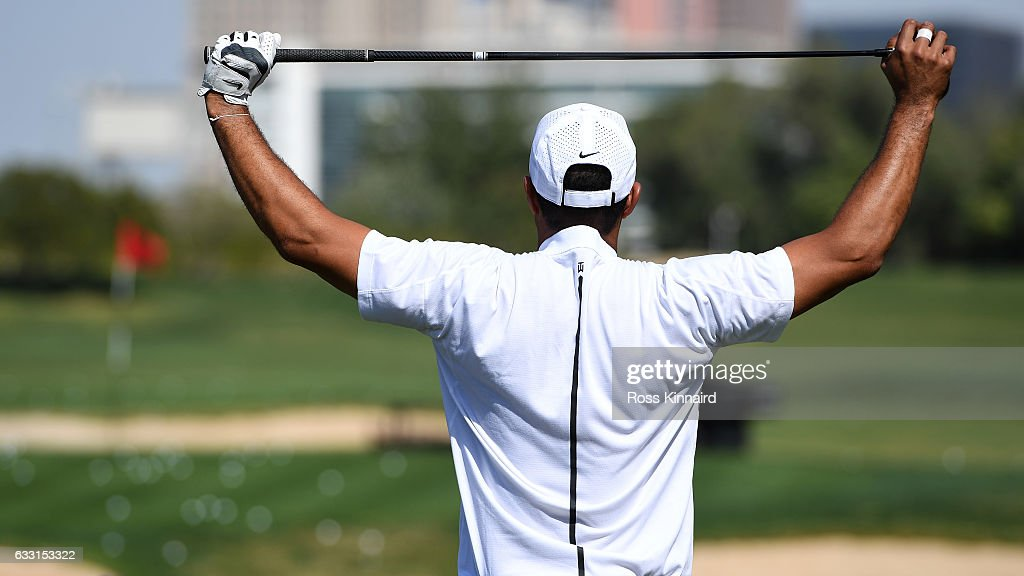 'Tigers back' Tiger Woods of the USA on the driving range prior to the Omega Dubai Desert Classic at Emirates Golf Club on January 31, 2017 in Dubai, United Arab Emirates.