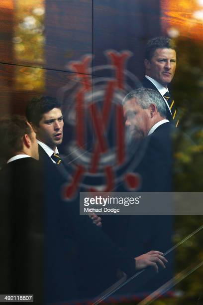 Tigers coach Damien Hardwick arrives during the public service for Tom Hafey at Melbourne Cricket Ground on May 19 2014 in Melbourne Australia Hafey...