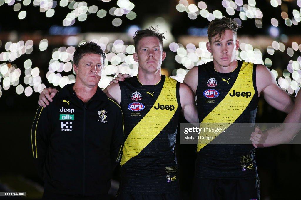 AFL Rd 6 - Richmond v Melbourne : News Photo