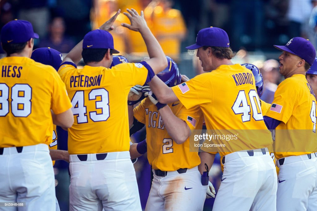 COLLEGE BASEBALL: MAR 31 Mississippi State at LSU : News Photo