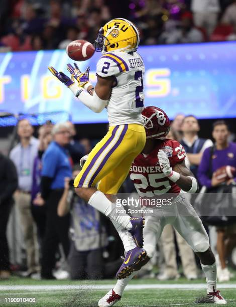 Tigers wide receiver Justin Jefferson catches a pass during the ChickfilA Peach Bowl CFP Semifinal college football game between the LSU Tigers and...