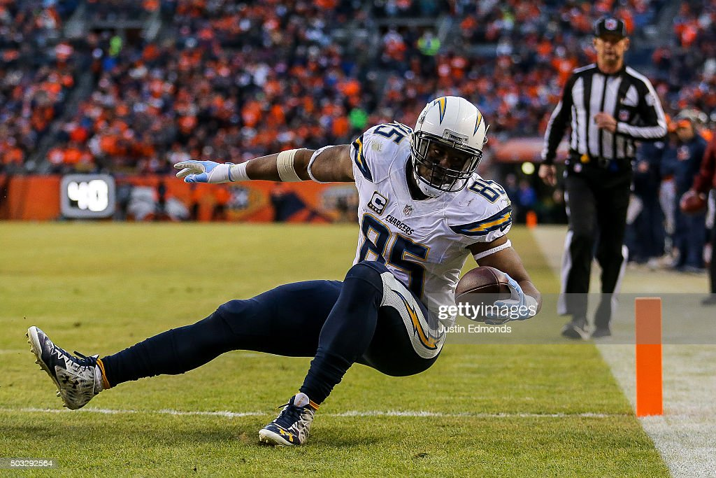 Tight end Antonio Gates #85 of the San Diego Chargers scores a touchdown on a 13-yard reception in the third quarter of a game against the Denver Broncos at Sports Authority Field at Mile High on January 3, 2016 in Denver, Colorado.
