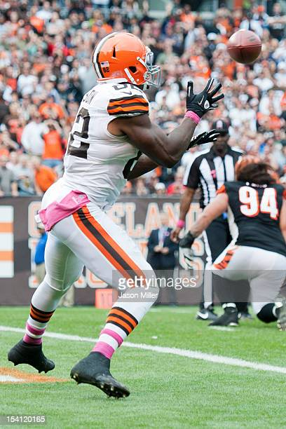 Tight end Benjamin Watson of the Cleveland Browns catches a touchdown pass during the fourth quarter against the Cincinnati Bengals at Cleveland...
