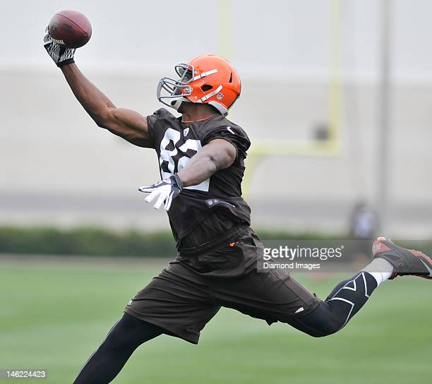 Tight end Benjamin Watson of the Cleveland Browns prepares to catch a pass during a organized team activity practice on May 22 2012 at the Cleveland...