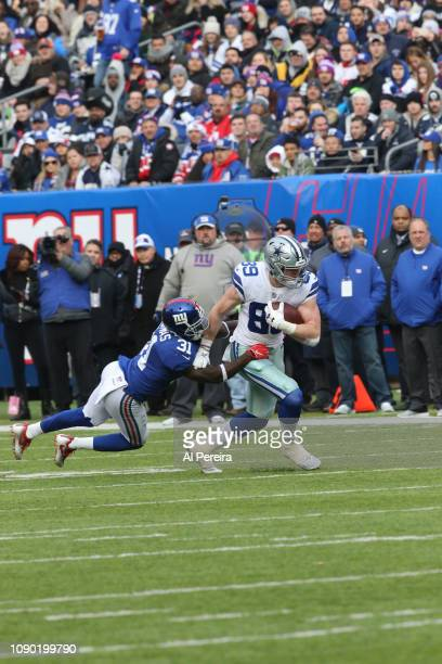 Tight End Blake Jarwin of the Dallas Cowboys in action against the New York Giants at MetLife Stadium on December 30 2018 in East Rutherford New...