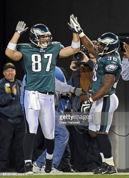 Tight end Brent Celek and running back Brian Westbrook of the Philadelphia Eagles celebrate Celek's touchdown during the game against the Dallas...