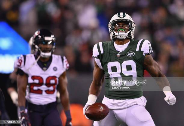 Tight end Chris Herndon of the New York Jets reacts against the Houston Texans during the second half at MetLife Stadium on December 15, 2018 in East...