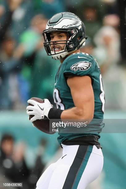 Tight end Dallas Goedert of the Philadelphia Eagles makes a catch for a touchdown against the Indianapolis Colts in the first quarter at Lincoln...