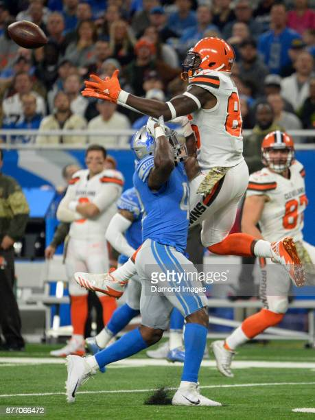 Tight end David Njoku of the Cleveland Browns attempts to catch a pass as he is defended by linebacker Jarrad Davis of the Detroit Lions in the first...